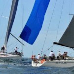 Tussle between Exile and Nine Dragons in Coffs Harbour Regatta